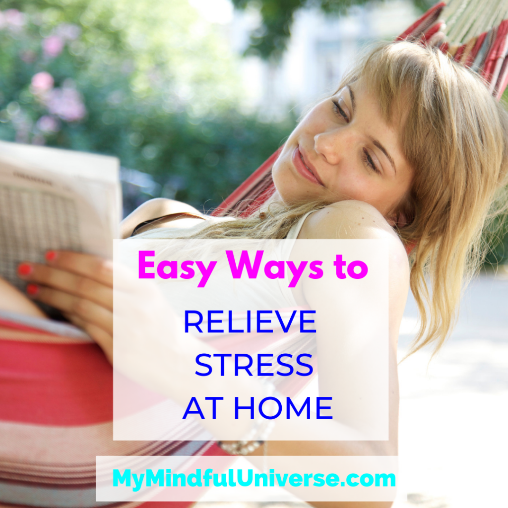 Easy Ways to Relieve Stress at Home: Click through to find out more about these natural ways to relieve stress at home. And they´re not time consuming!